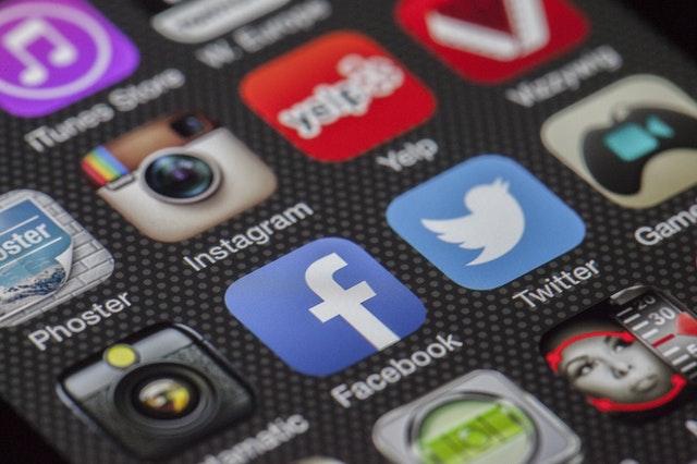 social-media-icons-banner